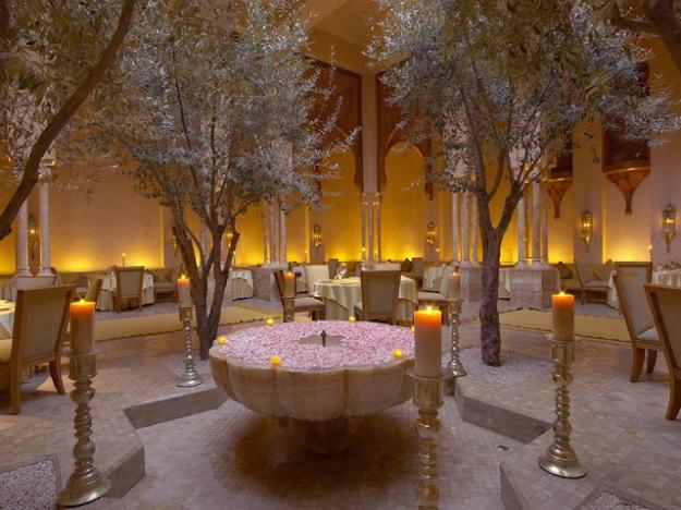 RS1082_Amanjena - Le Restaurant Fountain-lpr