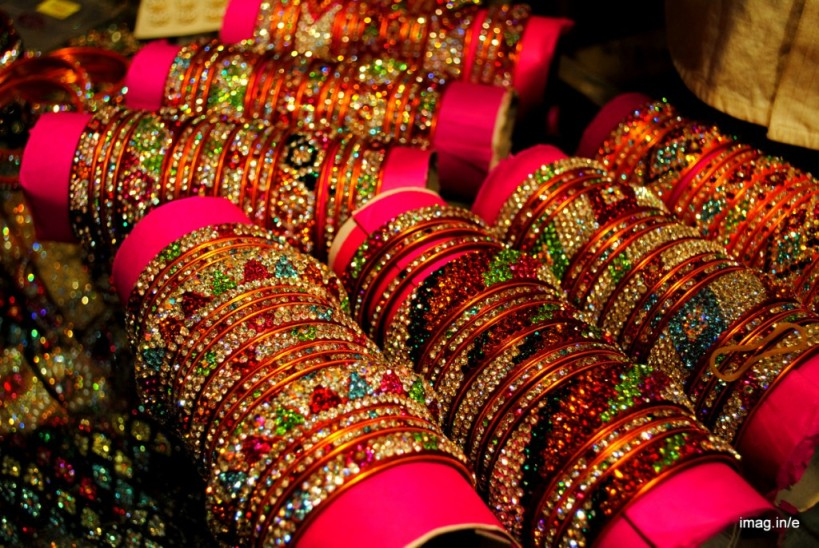 Wedding-bangles-store-from-hyderabad-1024x686