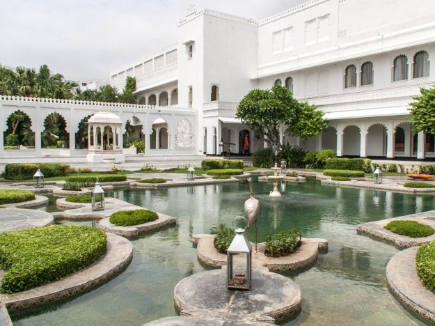 Taj Lake Palace - Udaipur Wedding Destination Venue Ideas by The Wedding Co.