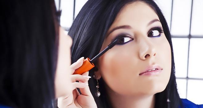 Eye-makeup.weddingplz.jpg