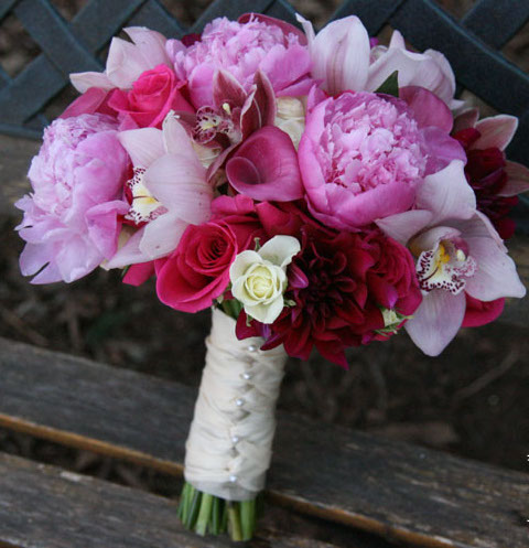 62bouquet-peonies-orchid-dahlia-calla-roses