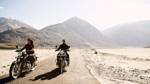 Are You the Biker Couple - Get Ready for Leh and Ladakh_0